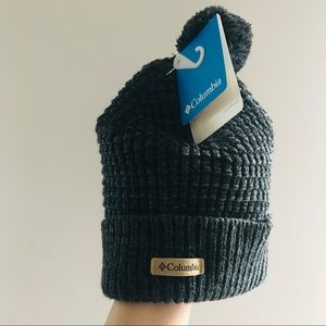 NWT Columbia women's Beanie Tuque with Pom